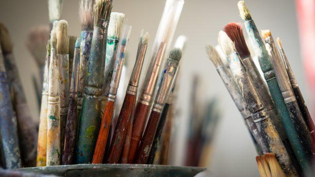 brushes-4226688_1920